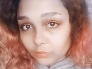 Sexy profile pic of AlisiaFoxy