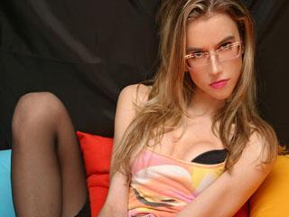 Sexy profile pic of BeautyXXJulia