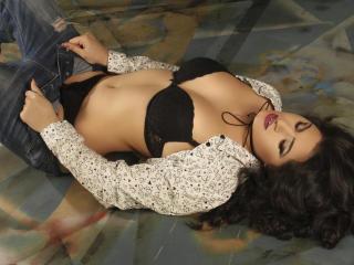 Sexy picture of HeidiCutie