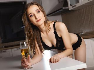 Sexy profile pic of LinndaEden