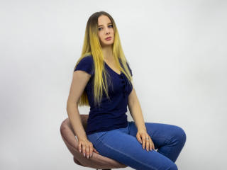 Sexy picture of ToniaFlower