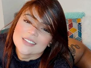 Sexy picture of VeronicSaenz