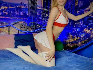 Profile pic of Xhena